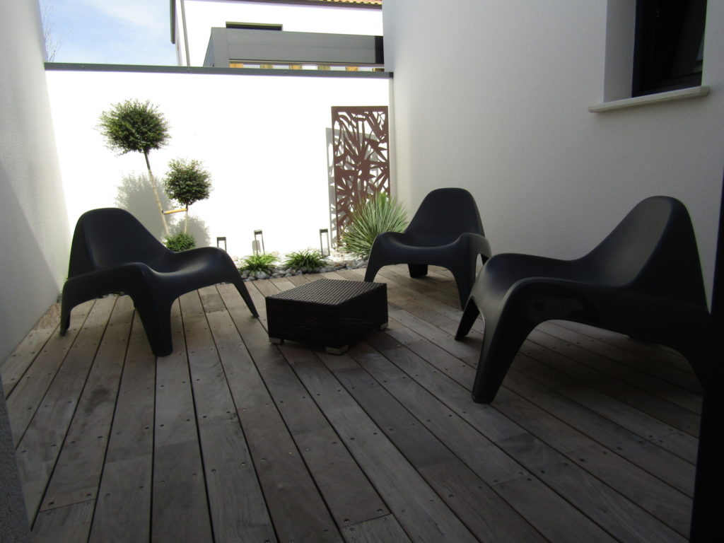 terrasse bois patio coin repos