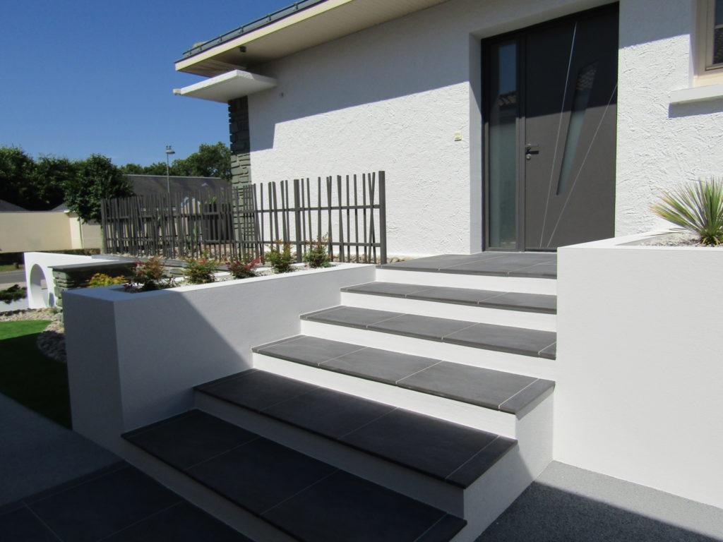 escalier porte d'entrée paysagiste